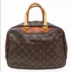 💯Authentic Louis Vuitton Monogram Deauville Bag